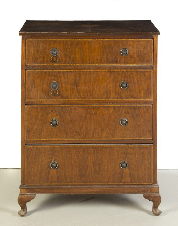 15: A George III Style Mahogany Chest of Drawers, Heigh