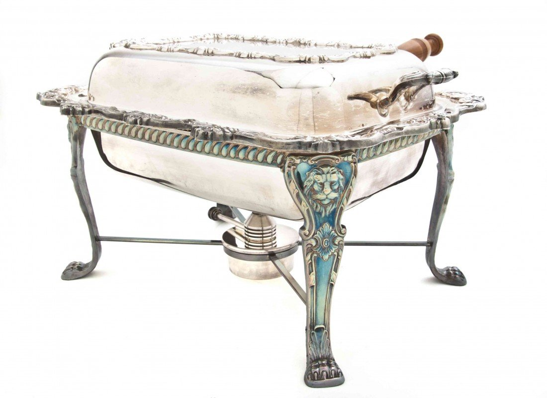 2493: An American Silverplate Chafing Dish, Length over
