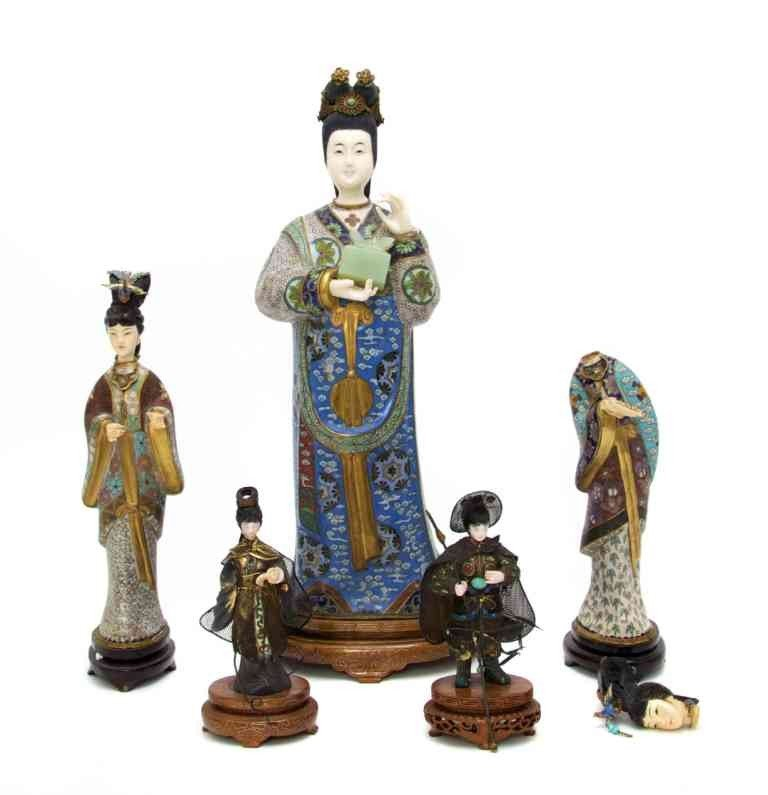 2645: A Collection of Cloisonne and Ivory Figures, Heig