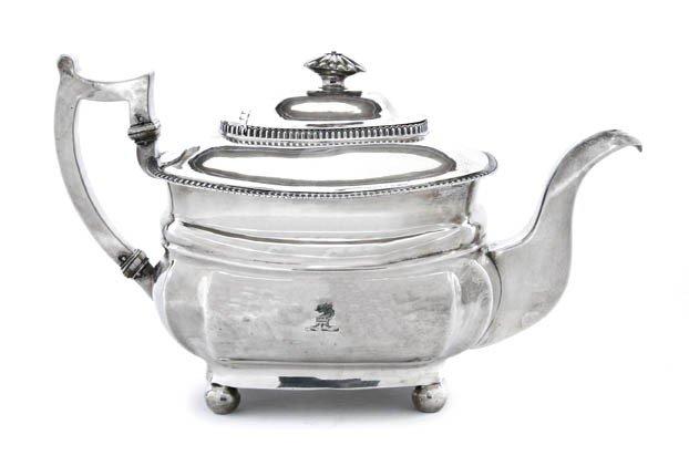455: An Irish Silver Teapot, Richard Sawyer, Height 8 i