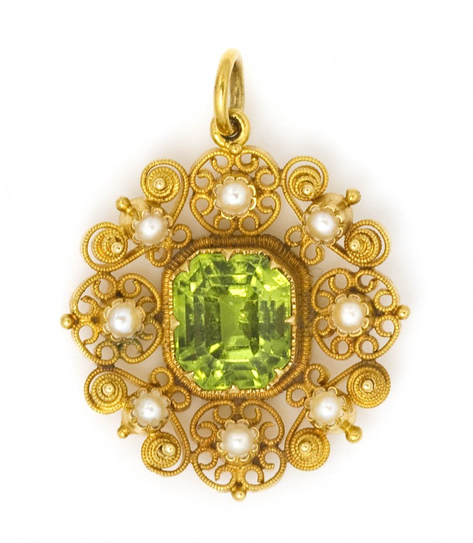 14: A Yellow Gold, Peridot and Seed Pearl Pendant, 4.10