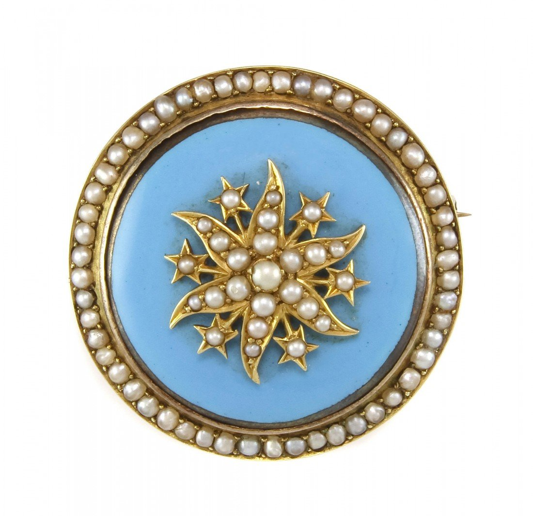 20: A Vintage Yellow Gold, Enamel and Pearl Brooch, 13.