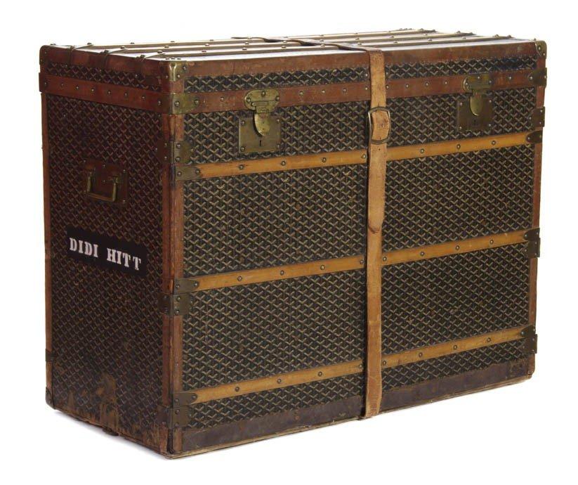 421: A Goyard Monogram Canvas Dresser Trunk. 31 x 41 x  - 2