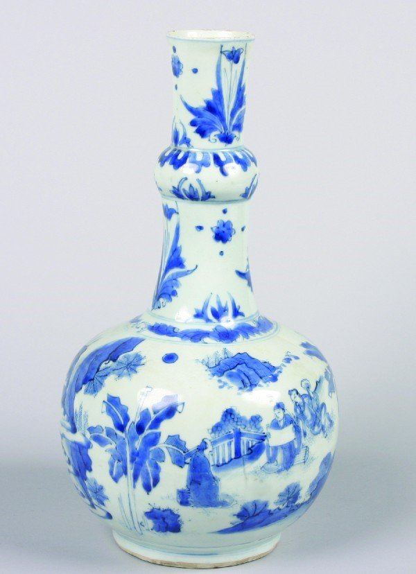 1: A Chinese Blue and White Porcelain Bottle Vase, Heig