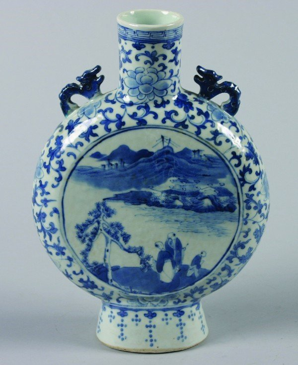 10: A Chinese Blue and White Porcelain Moon Flask, Heig