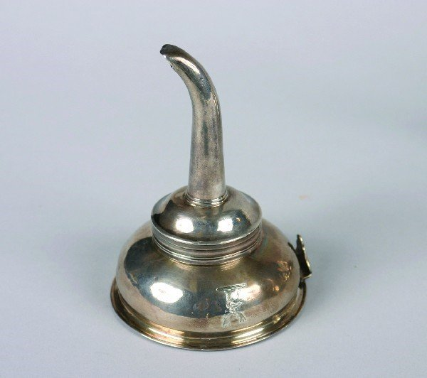 1523: A George III Silver Wine Funnel, London, Height 4