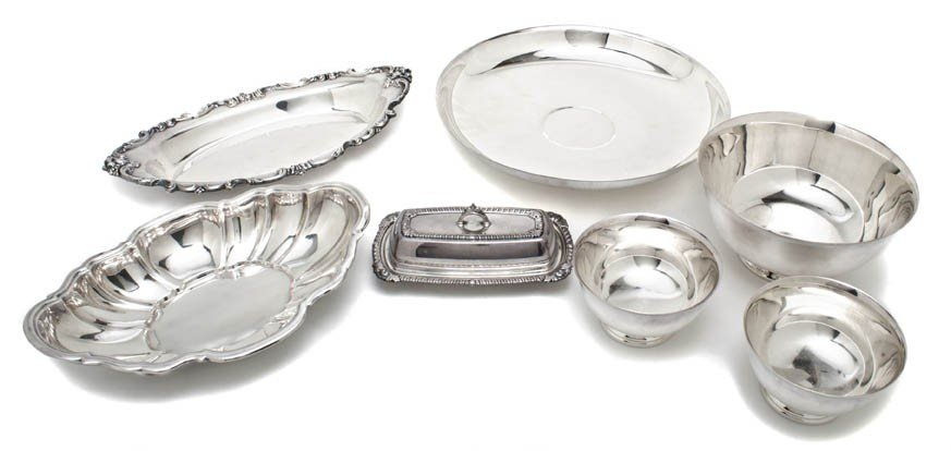 9: Eight American Silverplate Serving Articles, Height