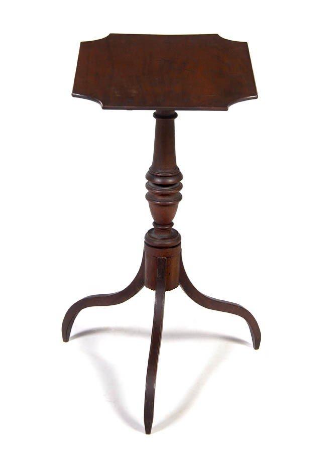 18: A Mahogany Tilt-Top Tea Table, Height 28 x width 35
