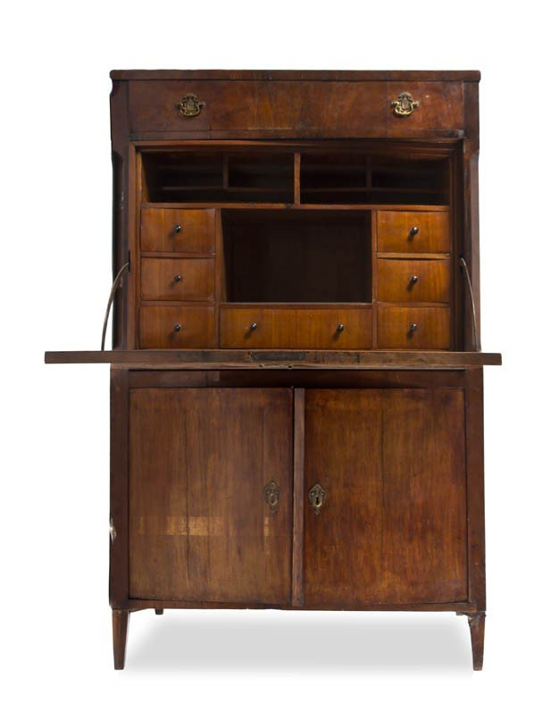 171: A Continental Secretaire a Abattant, Height 62 x w