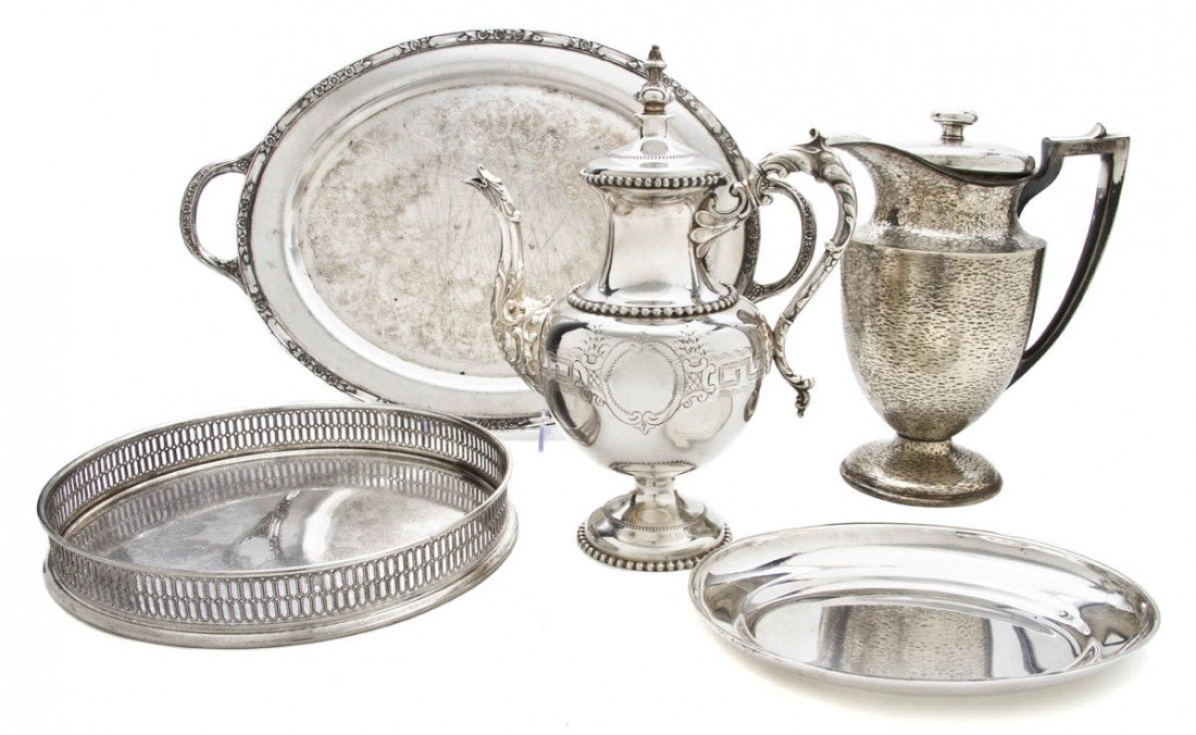 684: A Collection of Four Silverplate Trays, Width of w