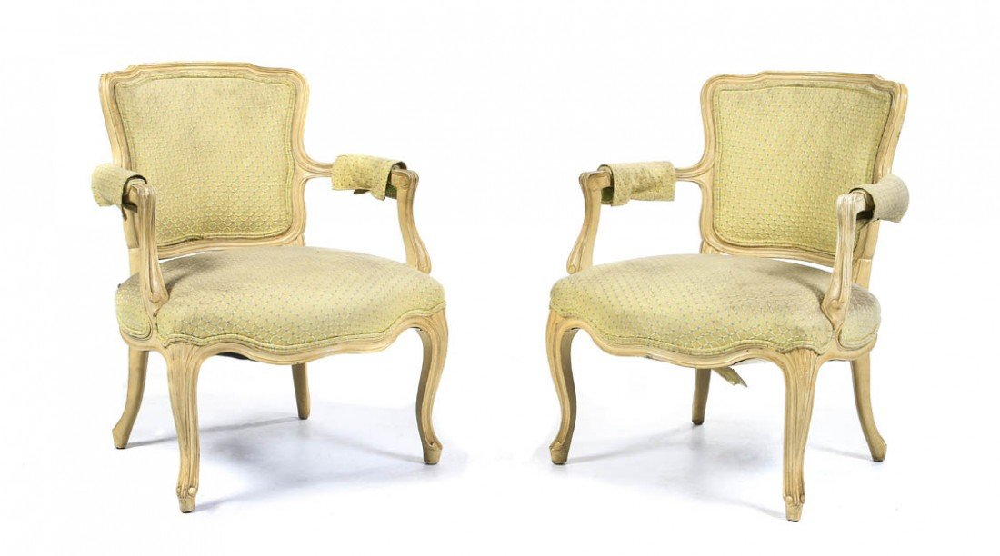 1076: A Pair of Louis XV Style Fauteuils, Baker, Height