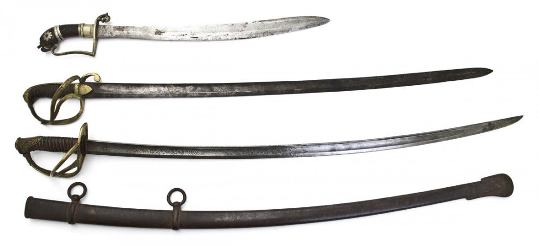 1359: A Collection of Three Bladed Weapons, Length of l