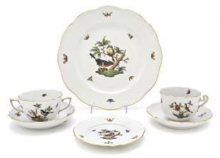 459: A Herend Porcelain Dinner Service for Twenty, Diam