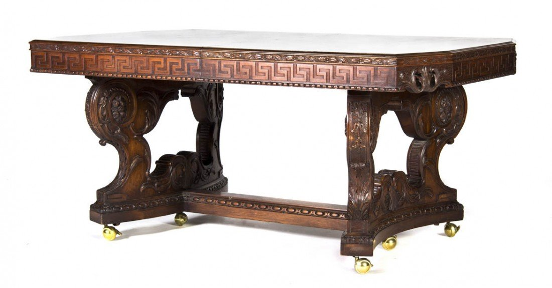 532: An American Carved Extension Dining Table, Width 7
