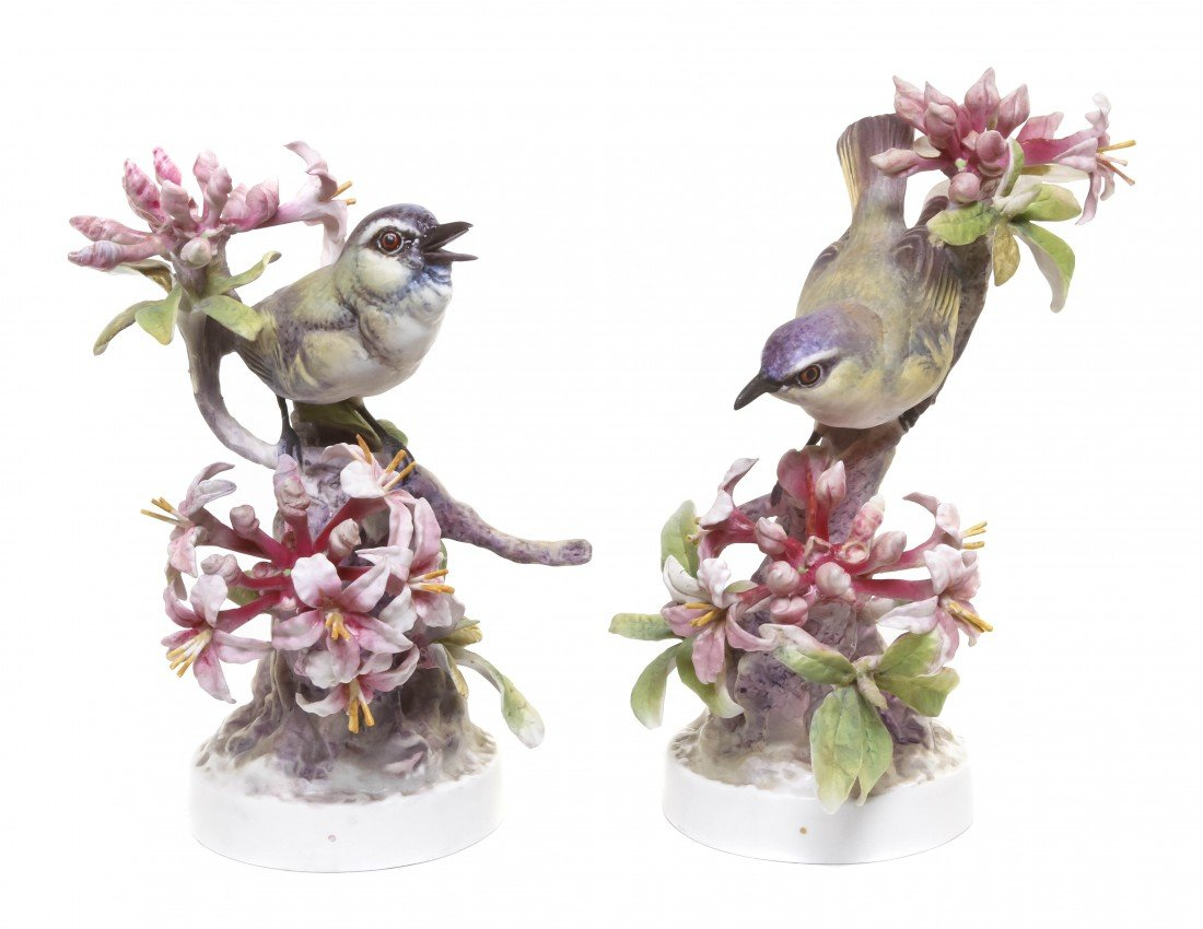 890: A Pair of Royal Worcester Dorothy Doughty Birds, R