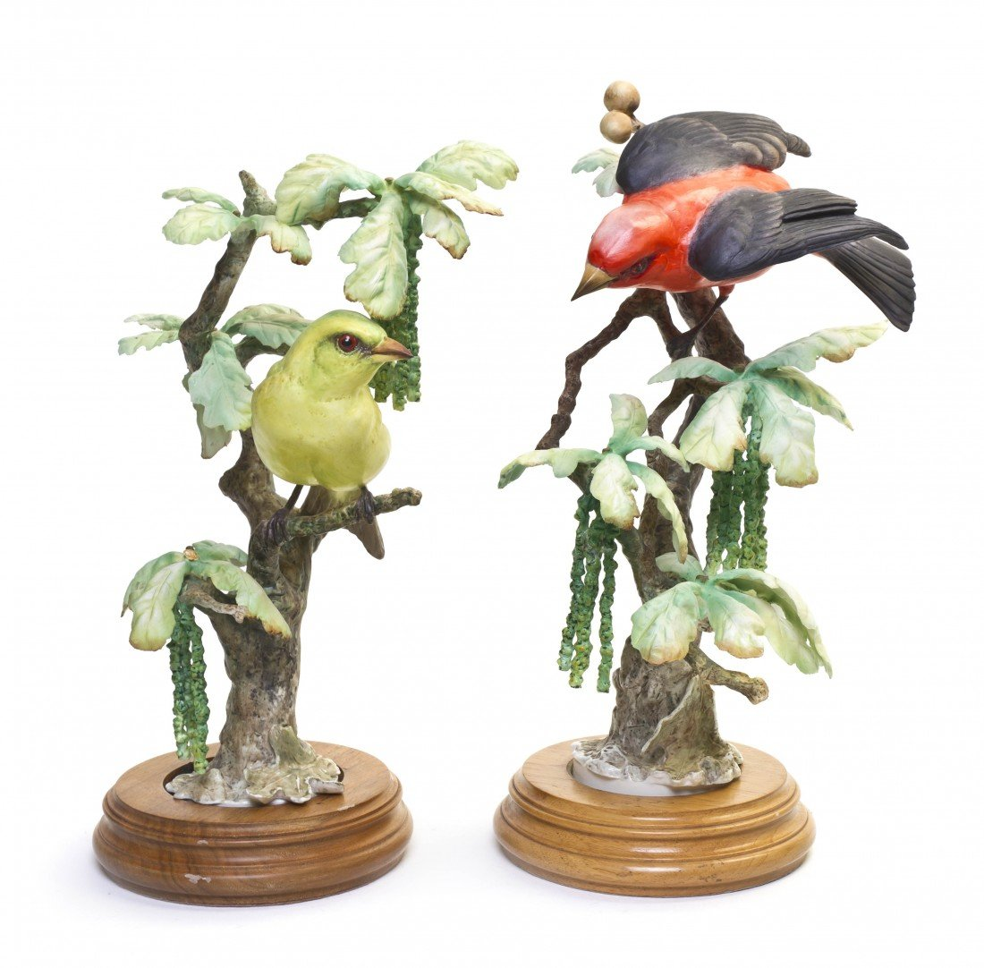 895: A Pair of Royal Worcester Dorothy Doughty Birds, S