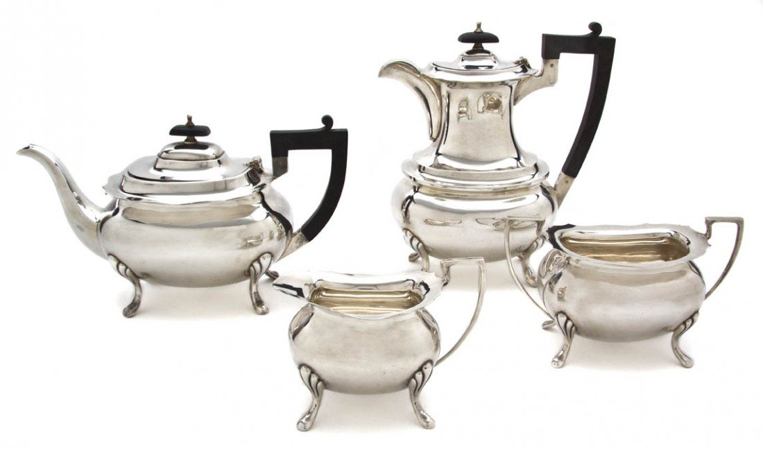 993: An Assembled English Silver Tea and Coffee Service