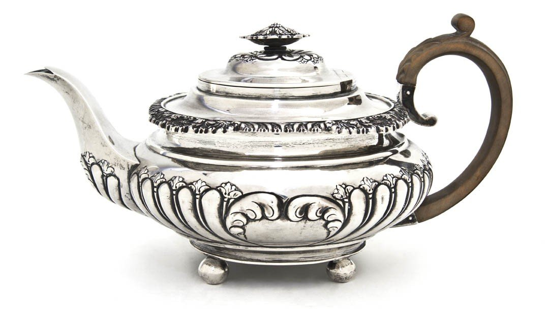 999: An English Silver Teapot, George Burrows II, Width
