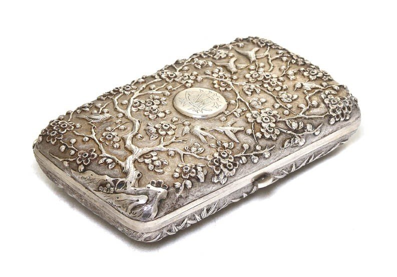 1100: A Chinese Export Silver Cigarette Box, Luen Wo, W