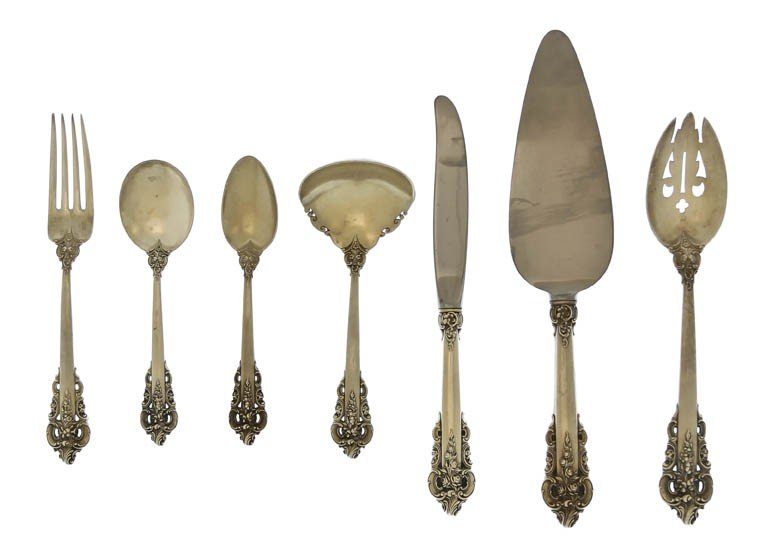 1241: An American Sterling Silver Partial Flatware Serv