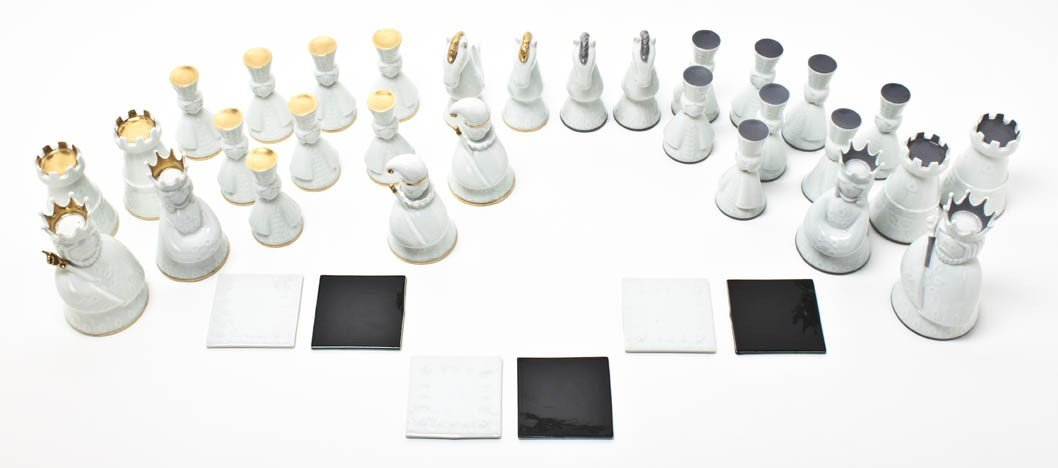2018: A Haviland Porcelain Chess Set, Height of tallest