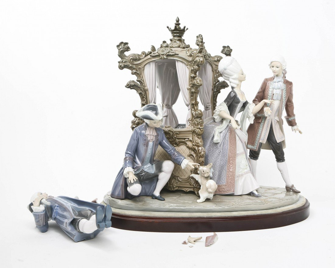 2024: A Lladro Porcelain Figural Group, Height of figur