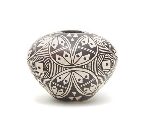 116: A Hopi Cream Slip Miniature Seed Bowl, Height 1 1/