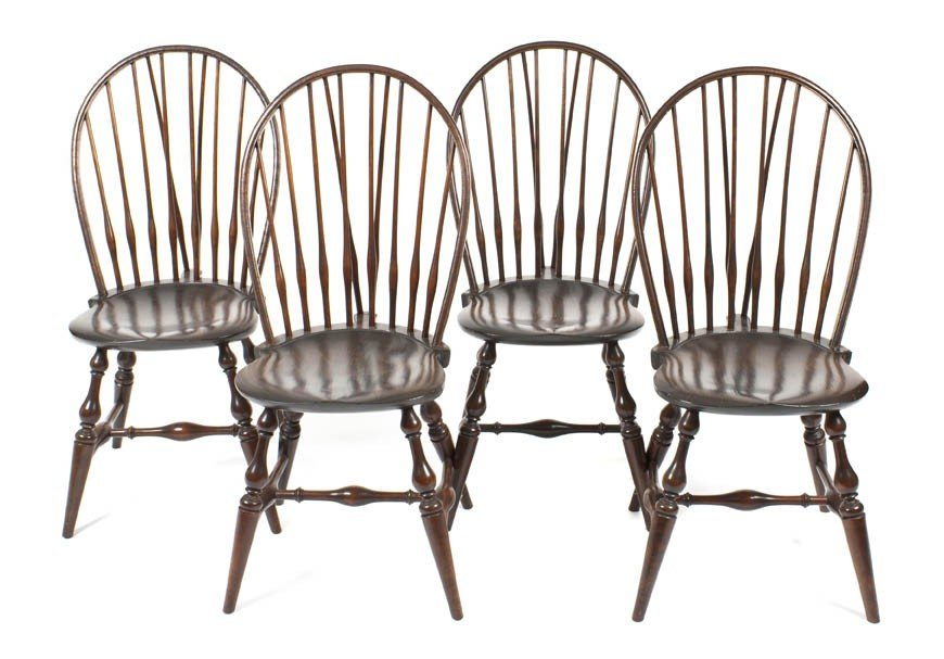 16: A Set of Four American Windsor Side Chairs, Height