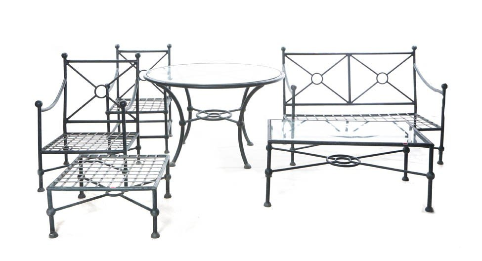 2024: A Suite of Contemporary Patio Furniture, Height o