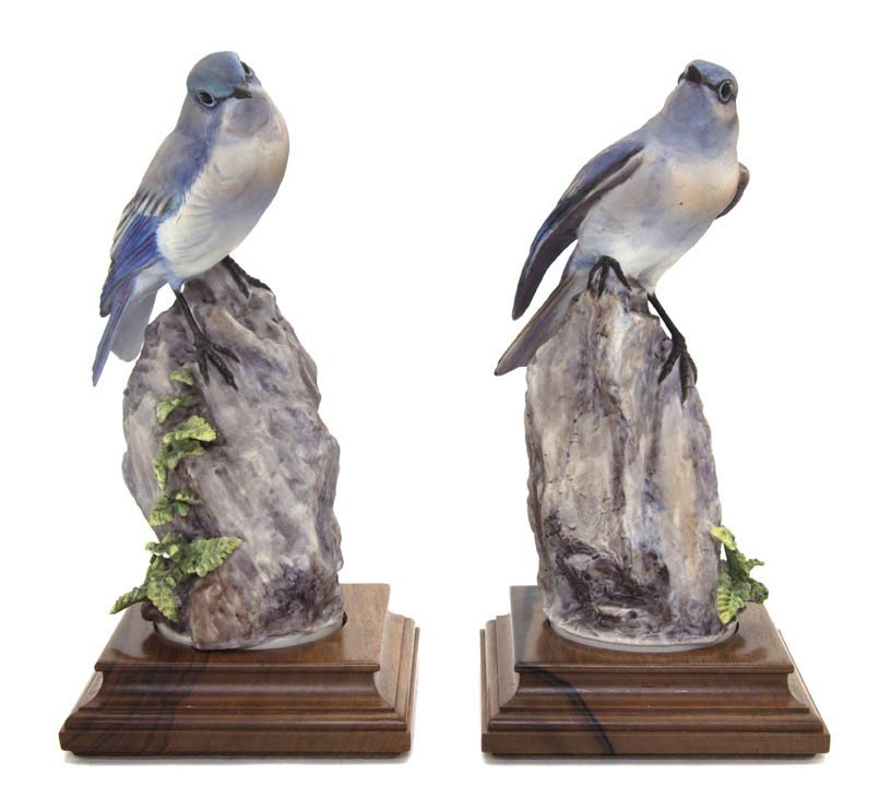 2103: A Pair of Royal Worcester Dorothy Doughty Birds,