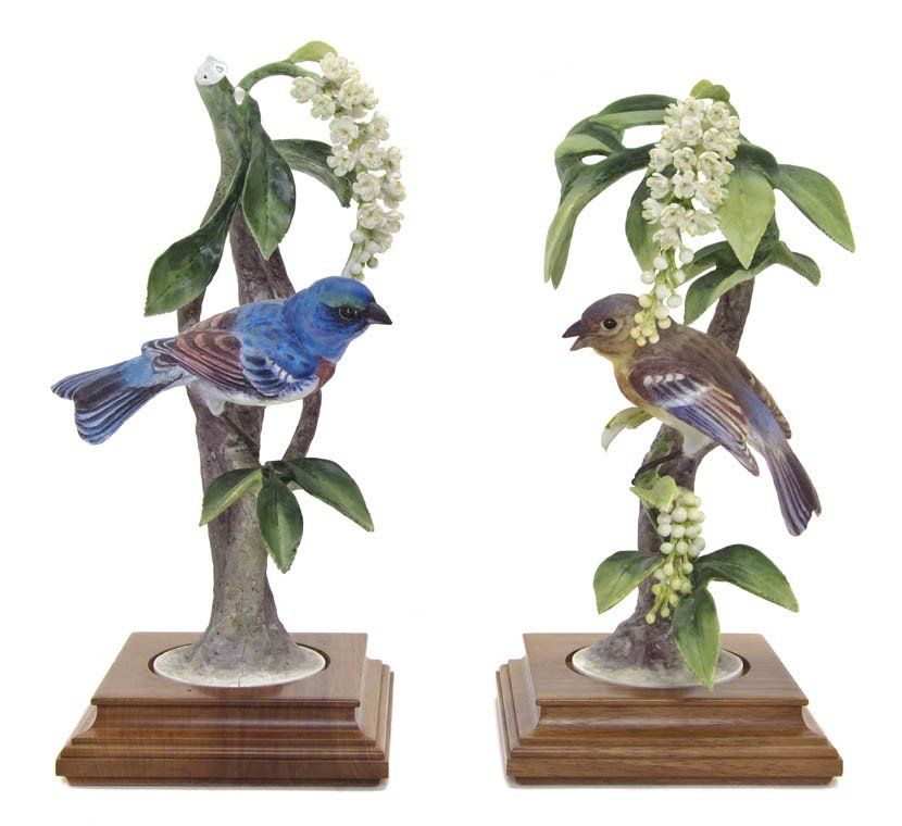 2105: A Pair of Royal Worcester Dorothy Doughty Birds,