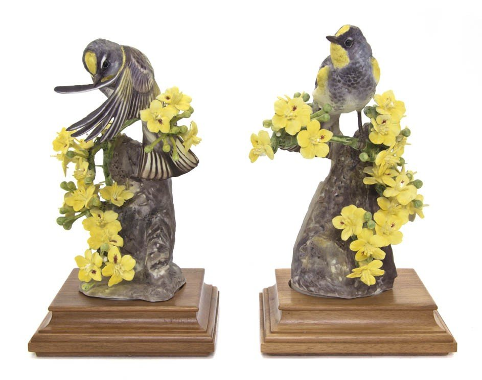2108: A Pair of Royal Worcester Dorothy Doughty Birds,