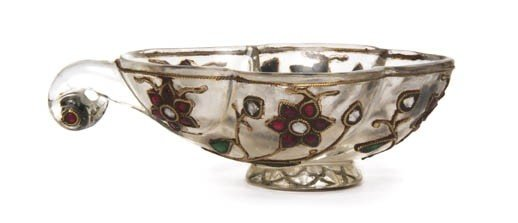 2442: A Mughal Rock Crystal Coupe, Width overall 3 3/8