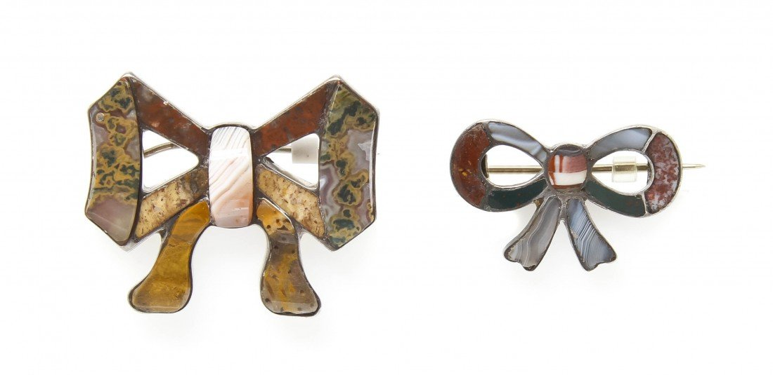 13: A Group of Antique Celtic Agate Bow Brooches,