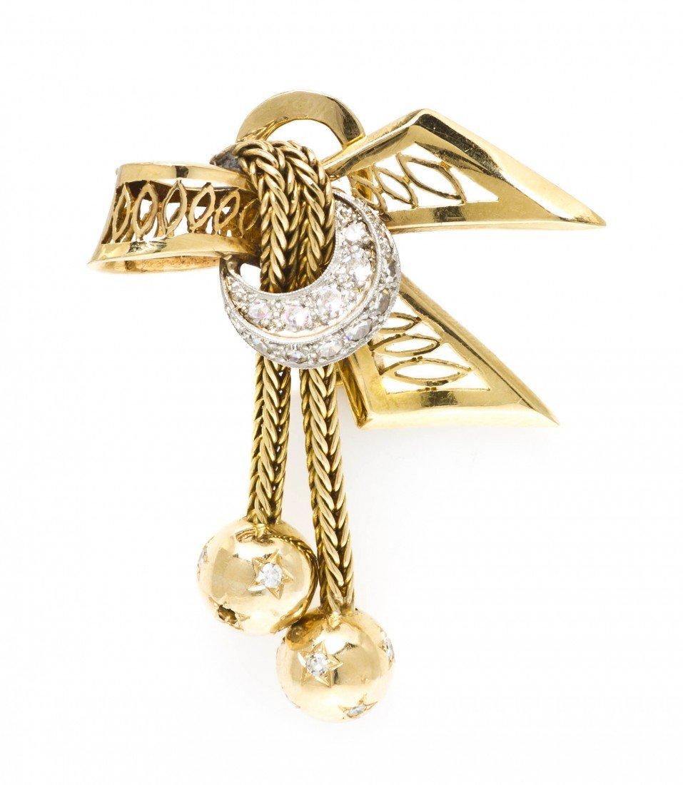 390: An 18 Karat Gold and Diamond Bow Motif Earclip, 10