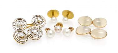 A Collection of Cufflinks and Dress Buttons, 17.20