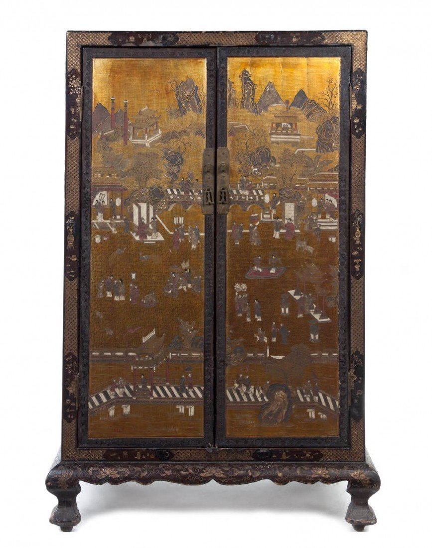 122: A Pair of Chinese Carved Lacquer and Gilt Wood Cab