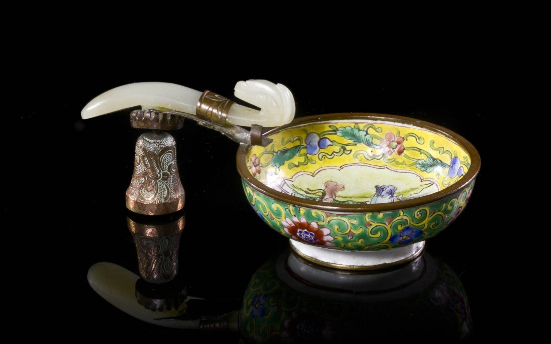 461: A Chinese Jade Belt Hook, Width of jade 3 7/8 inch