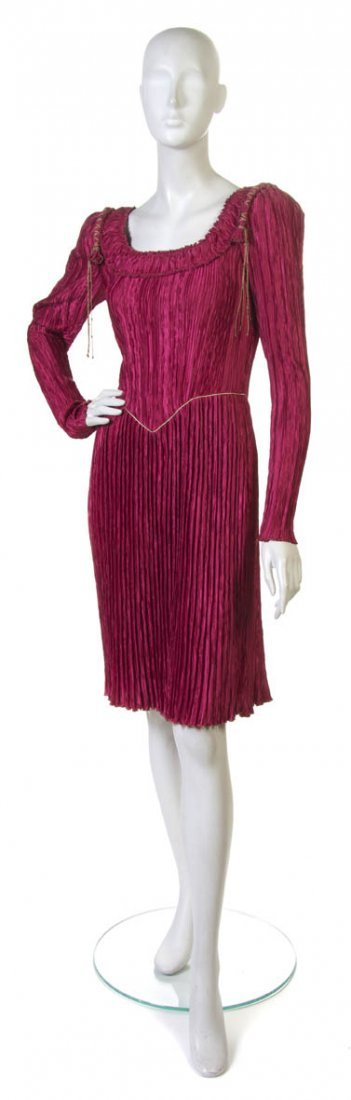 92: A Mary McFadden Pink Pleated Silk Dress. Size 6.