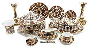 723: A Partial Set of Royal Crown Derby Dinnerware, Dia