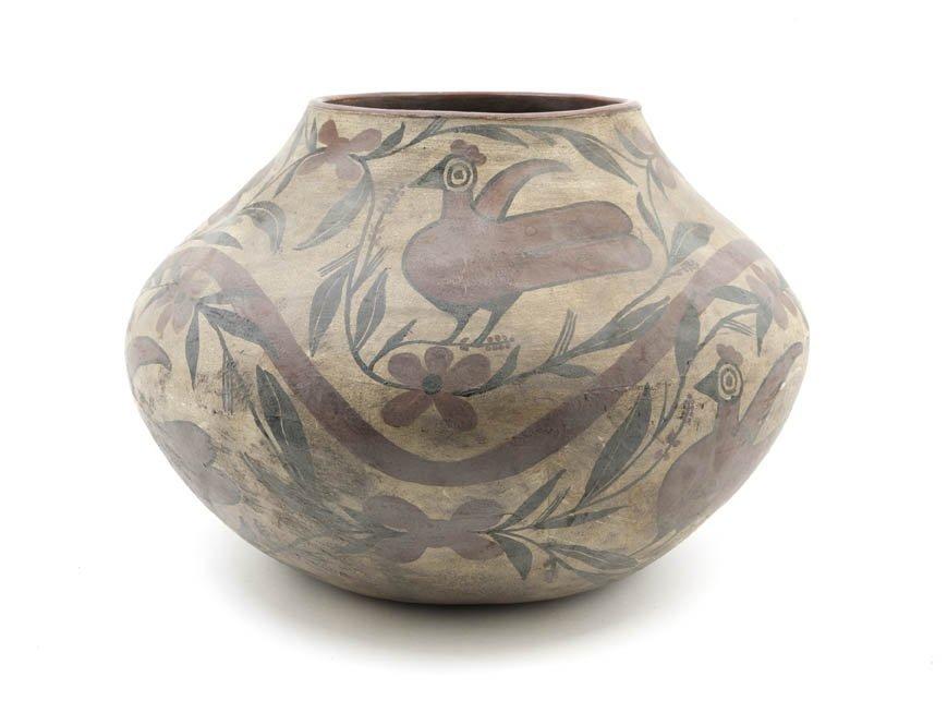 1141: A Native American Earthenware Water Pot, Zia, Hei
