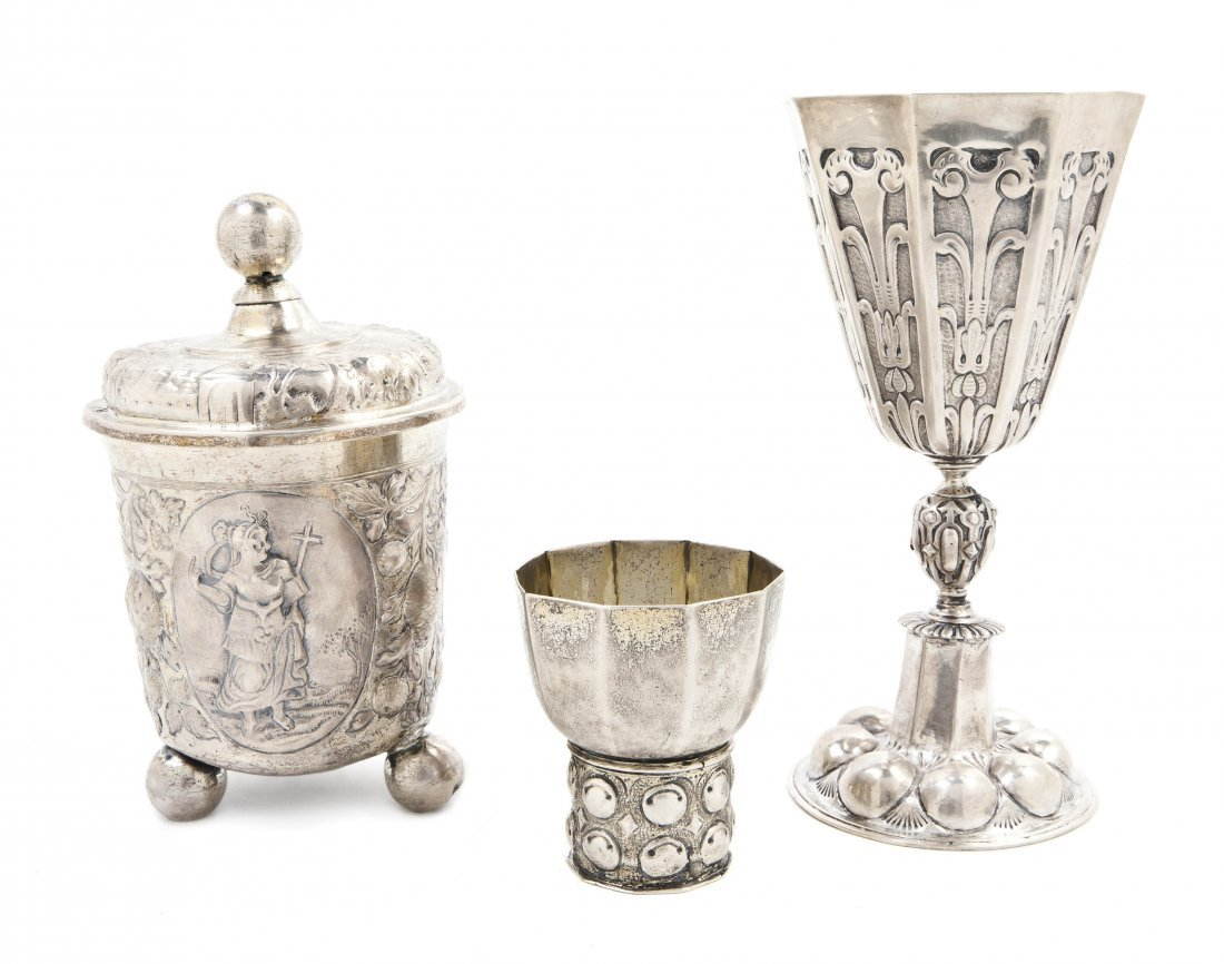 1225: A German Silver Footed Vessel, Height of tallest