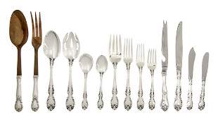 1315: An American Sterling Silver Flatware Service for