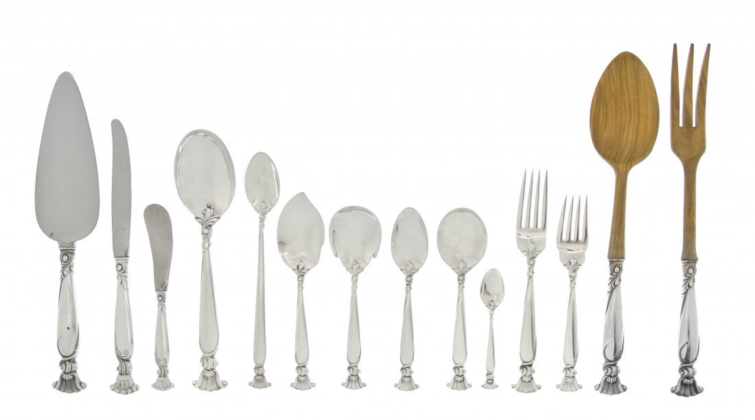 1358: An American Sterling Silver Partial Flatware Serv
