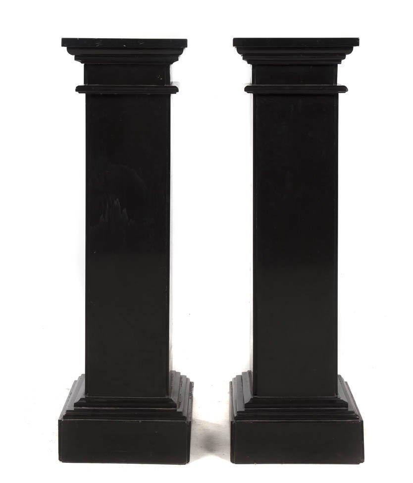 2010: A Pair of Continental Black Marble Pedestals, Hei