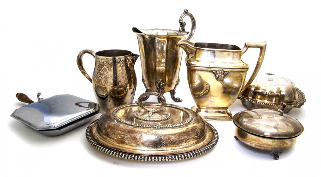 2561: A Collection of Silverplate Serving Articles, Wid