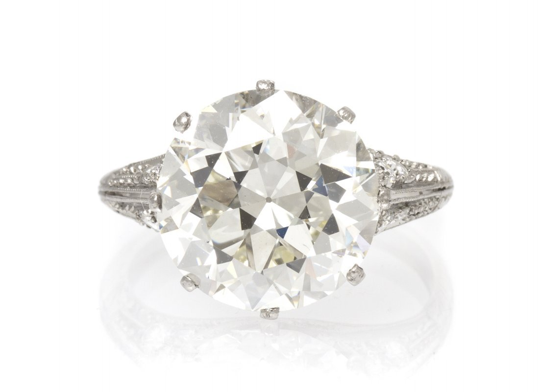 352: An Important Art Deco, Platinum and Diamond Ring,