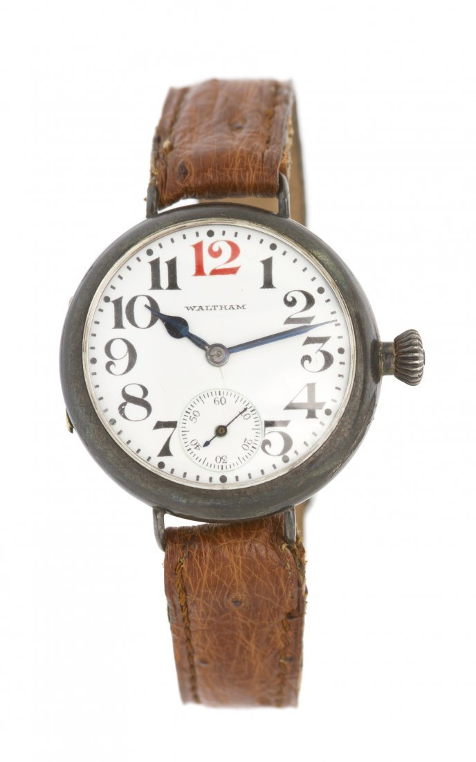374: A Sterling Silver WWI Soldiers Watch, Waltham,