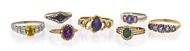 897: A Collection of 14 Karat Gold and Gem Rings, 19.85