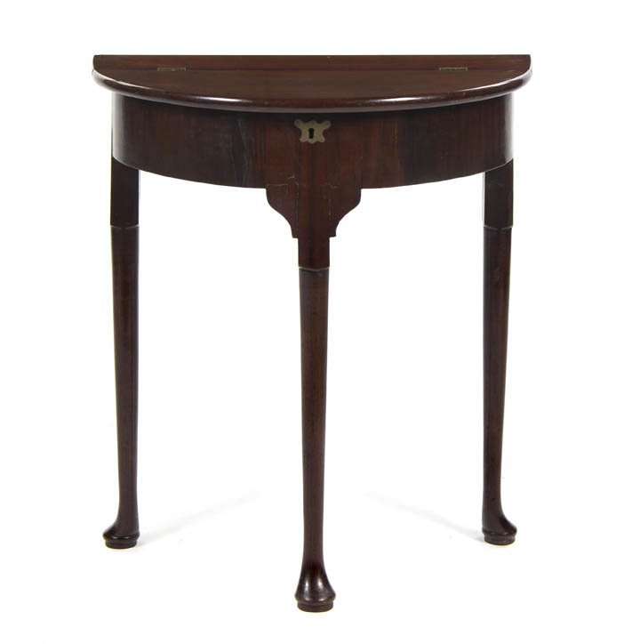 2001: An American Queen Anne Mahogany Console Table, He